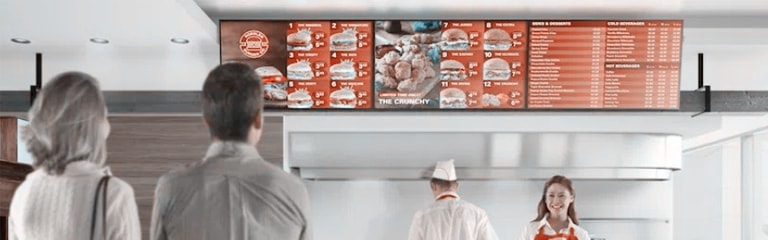 Important factors to consider when using digital signage menus in Quick service restaurants
